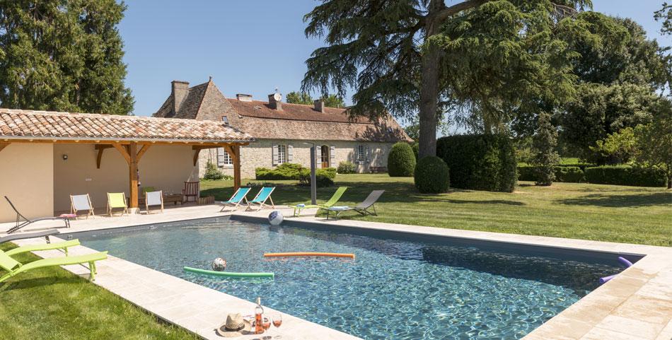 piscine avec pool house description luxury real estate provence for sale in st rmy de provence. Black Bedroom Furniture Sets. Home Design Ideas